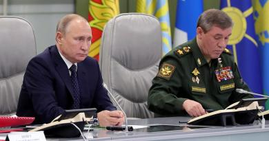 "Signs: Putin Warns:  ""I'm ready for another Cuban Missile-style crisis if you want one….It is a very serious threat to us and we will respond."""