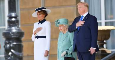 First Lady Melania Trump Wows Fashionistas Upon Arrival in UK
