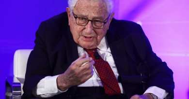 Signs — 'It will be worse than the world wars that ruined European civilisation,' …Henry Kissinger warns of 'catastrophic' conflicts unless China and US settle their differences