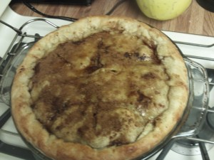 Another close up of the apple pie.