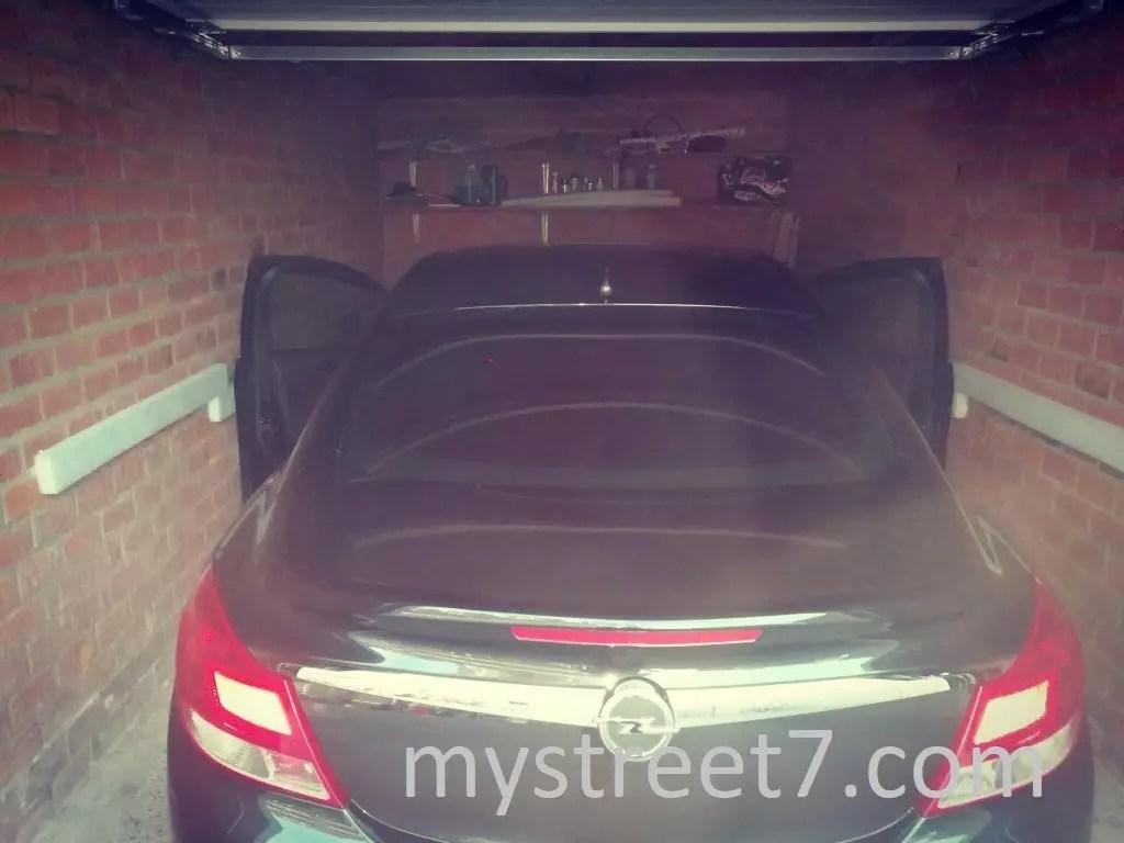 protectie portiera auto perete garaj