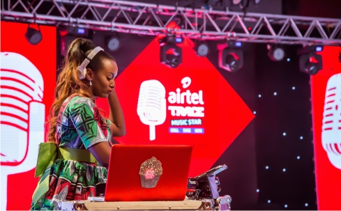 DJ CUPPY DELIVERS IN KENYA
