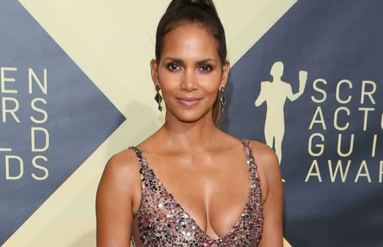 Halle Berry Will Star in Her Directorial Debut, 'Bruised'