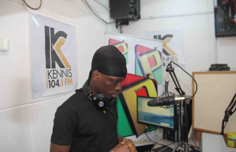 "Fireboy DML's 'Jealous Receives Huge Admiration From Legendary Keke Ogungbe"" on Kennis104FM"