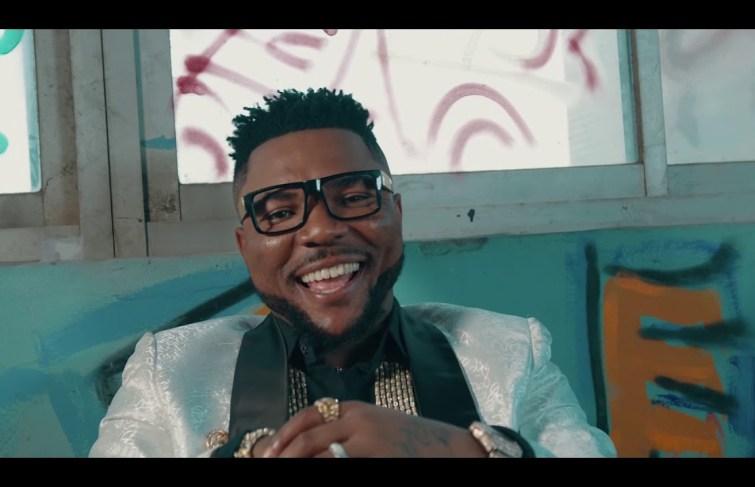 """Oritse Femi Drops Video For """"Ogbegbe"""""""
