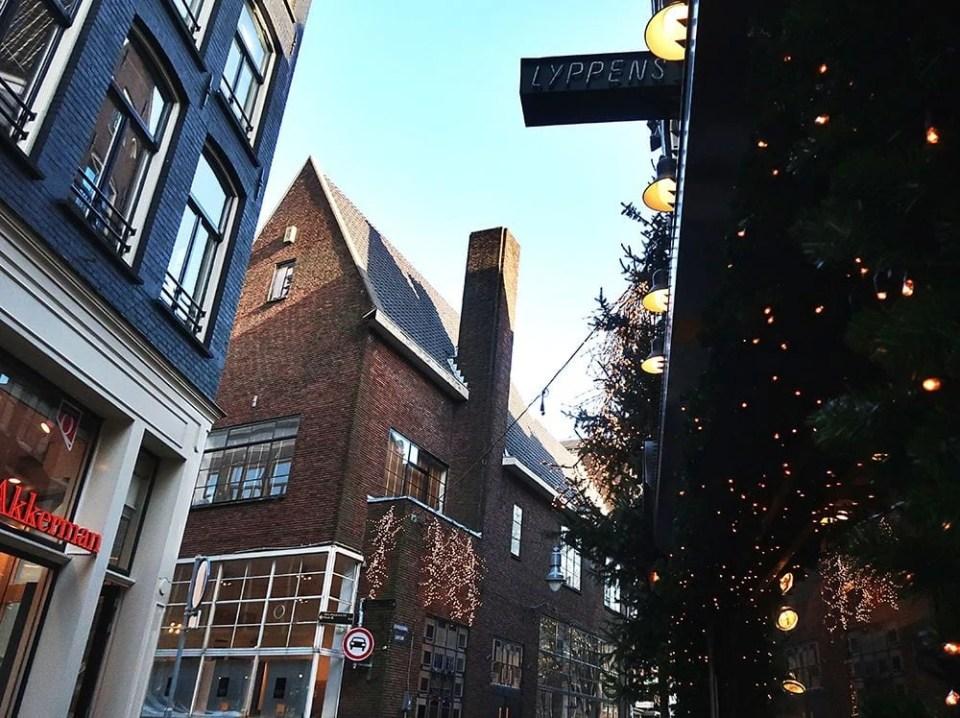 Amsterdam Christmas decorations daylight.jpg