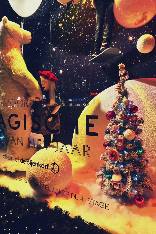 Christmas window displays de Bijenkorf Amsterdam.jpg