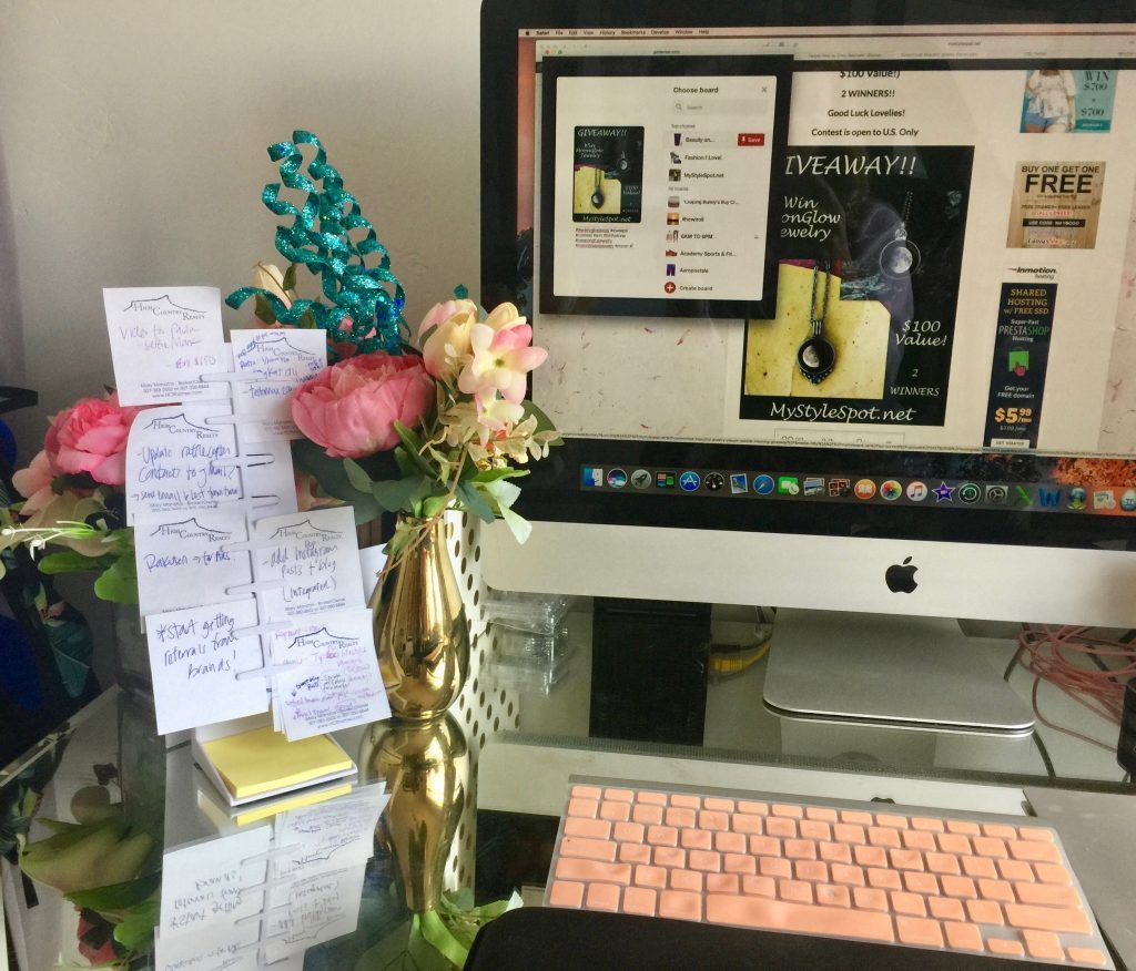 Keeping Your Office Space Organized One StickyNote at a Time- The NoteTower Desktop Pro Organizer + GIVEAWAY
