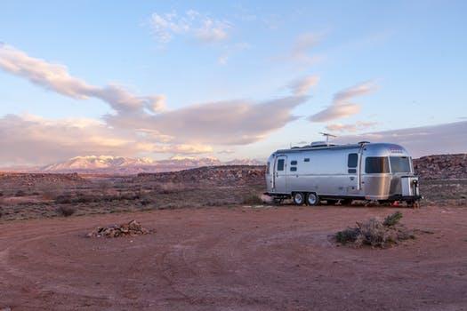Interior design ideas for travel trailers