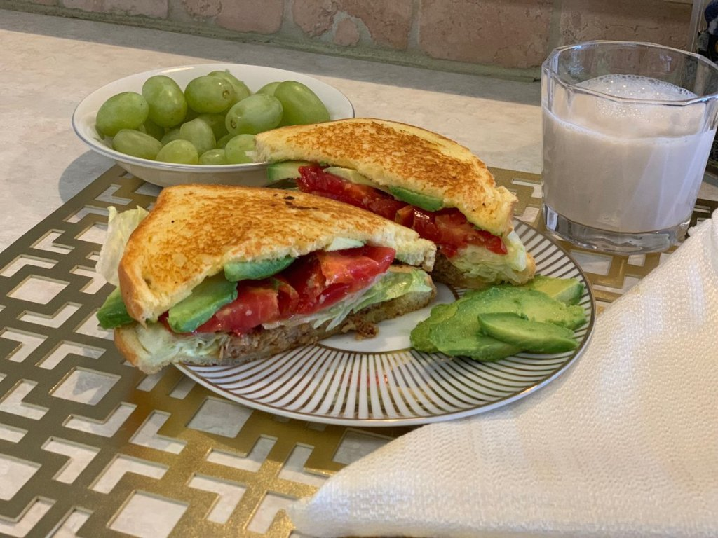 Yummy Easy Vegan/Vegetarian Melt Sandwich