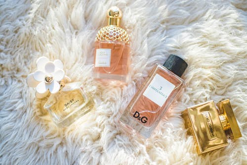 Choosing a Scent to Wow on a First Date