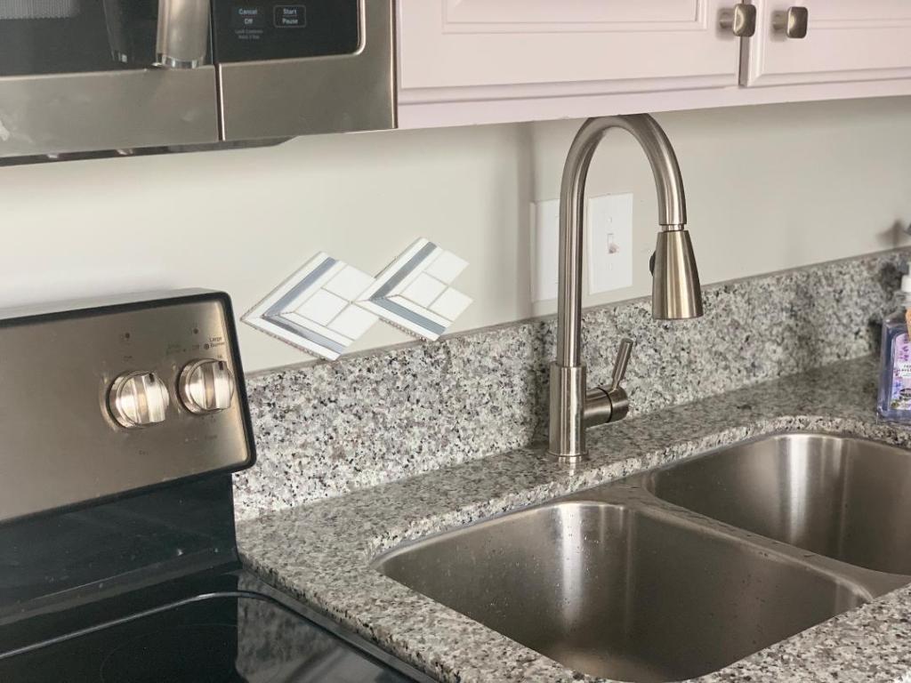 Redesigning my Kitchen: Which Backsplash Should I Choose?