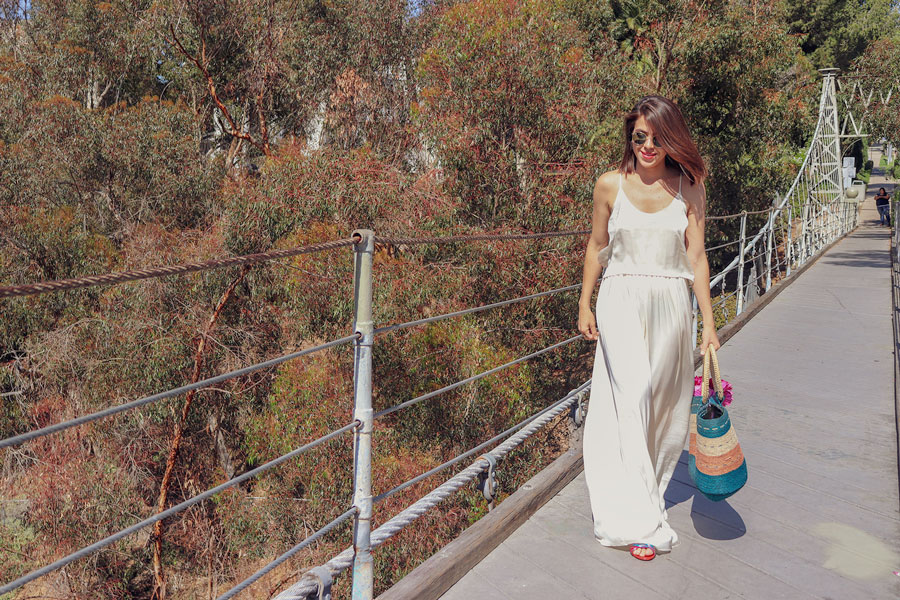 KarlaVargas-RattanBag-MustHaveBag-Summer2018-Bags-SummerBags-Rattan-SummerStyle-WhiteDress-SanDiego-SanDiegoStyle-MexicanBlogger