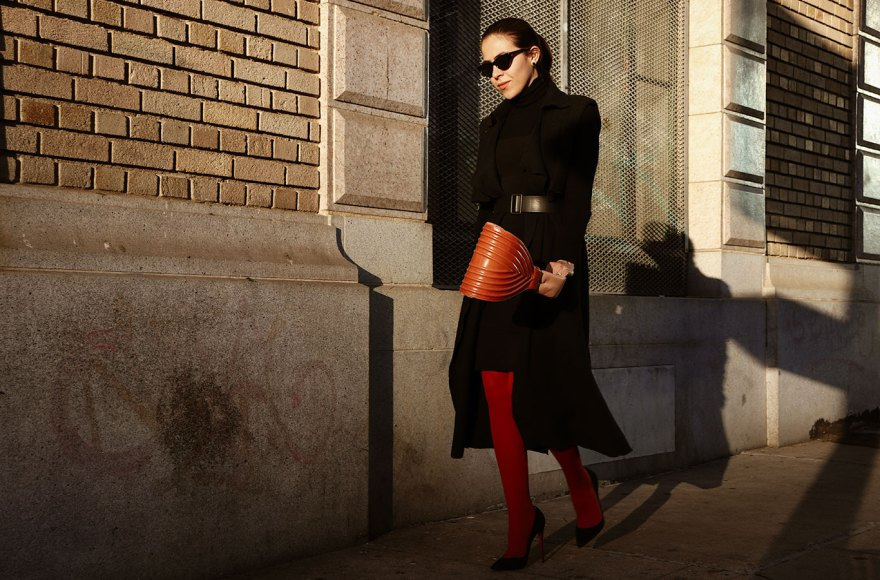 colorfultights-orangetights-karlavargas-califroniablogger-personalstyle-personalblog-littleblackdress-howtowear