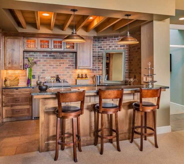 setting up your own bar at home