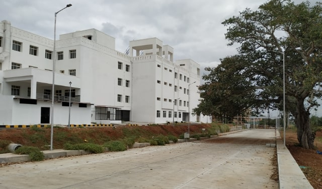 Approach Road | Princess Krishnajammanni Super Speciality hospital | Mysuru
