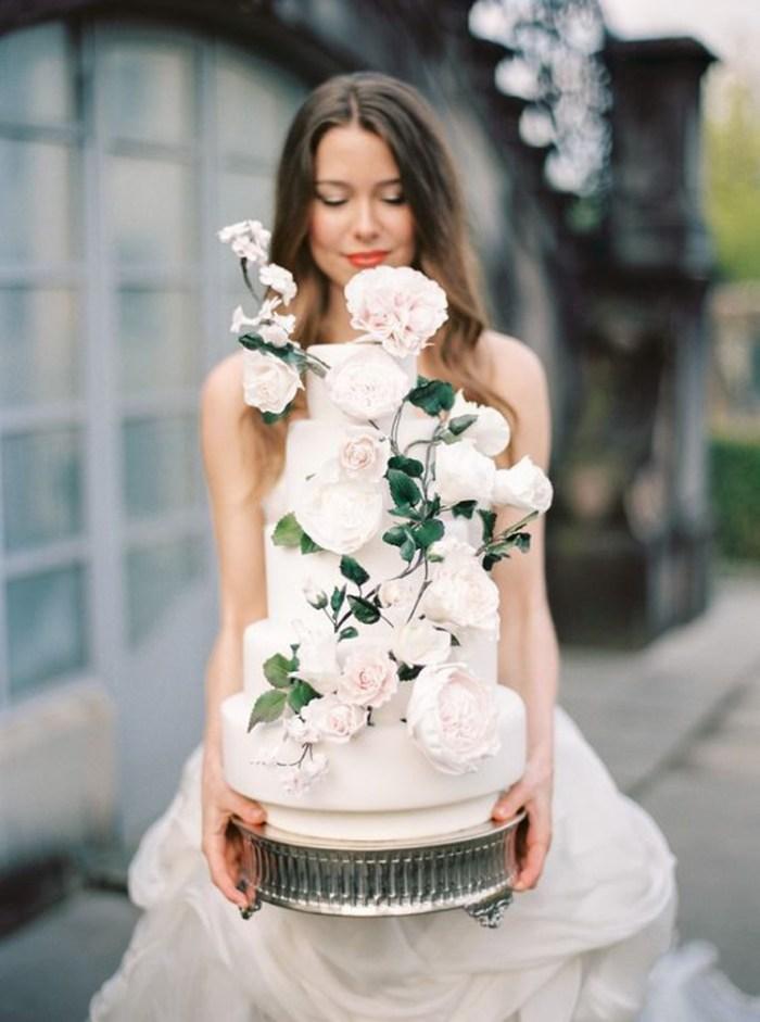 Peonies stem fabulous wedding cake   See more: http://mysweetengagement.com/15-extraordinary-wedding-cakes-for-all-wedding-styles