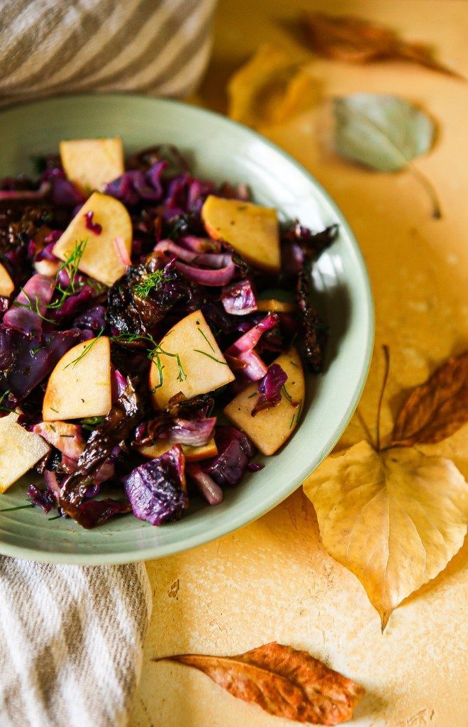 Roasted cabbage salad | vegan and gluten-free | side dish | thanksgiving side dish | roasted cabbage with apples, quick pickled shallot, and fresh dill | vegan side dish