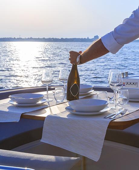 yacht-table