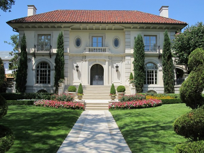 mansion-413913_1920
