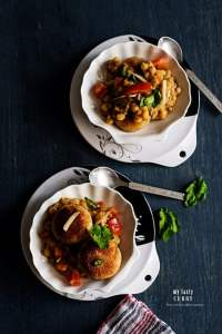 Ragda Pattice : A Street Food from Mumbai