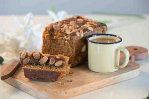 Ontbijtkoek | Dutch Breakfast Cake | Gingerbread Cake