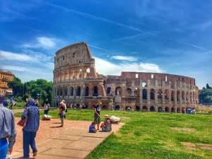 The Majestic Colosseum : Rome Travel Guide