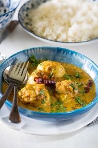 Sri Lankan Egg Curry | Sri Lankan Fried Egg Curry