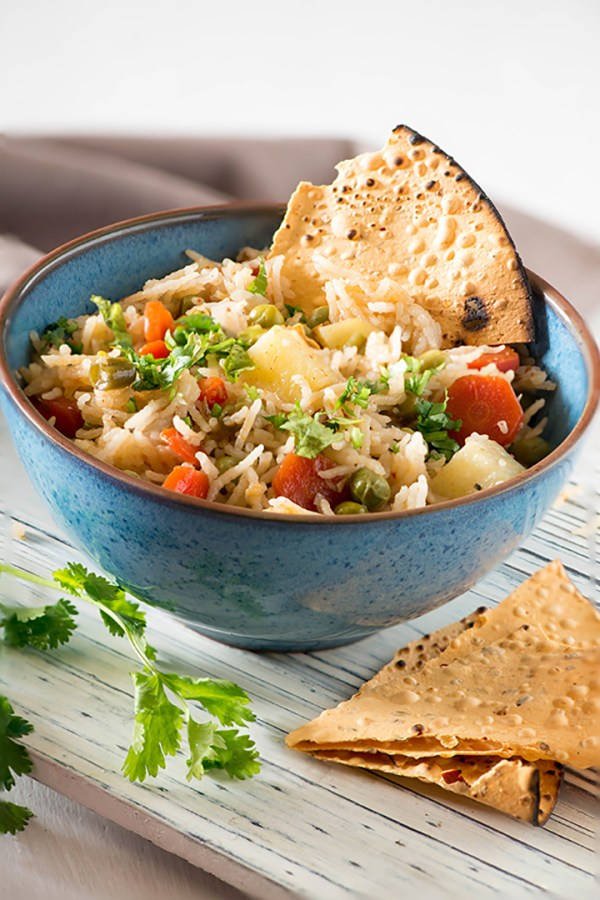 Instant Pot Veg Pulao. Easy Glutenfree dish in 20 Minutes #20MinutesMeals #glutenfree #IndianCooking