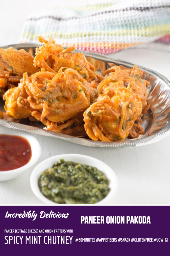 Paneer Onion Pakoda - Indian cottage cheese and onion fritters served with spicy Mint chutney. Perfect #snack or Party #Appetizer by @rekhakakkar #glutenfree #LowGi