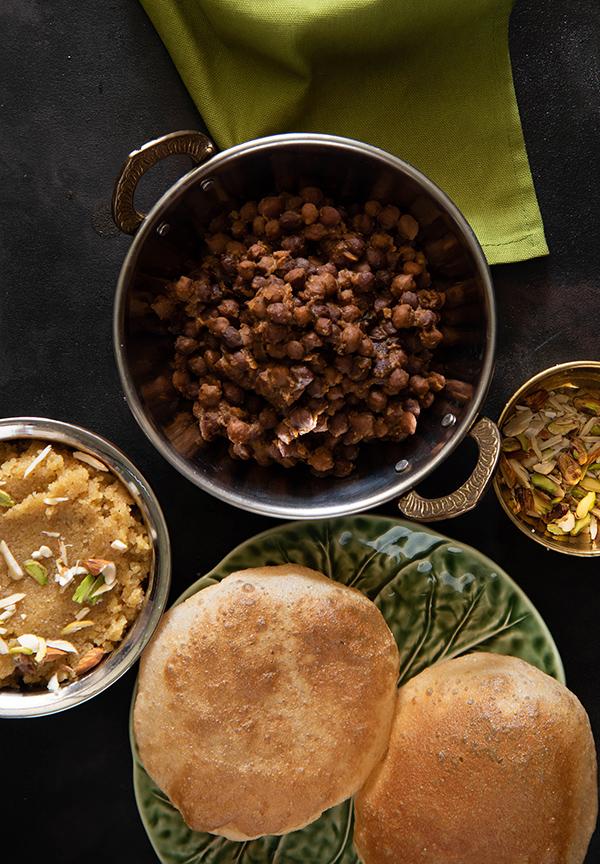 sukhe Kala Chana halwa and poori for ashtami