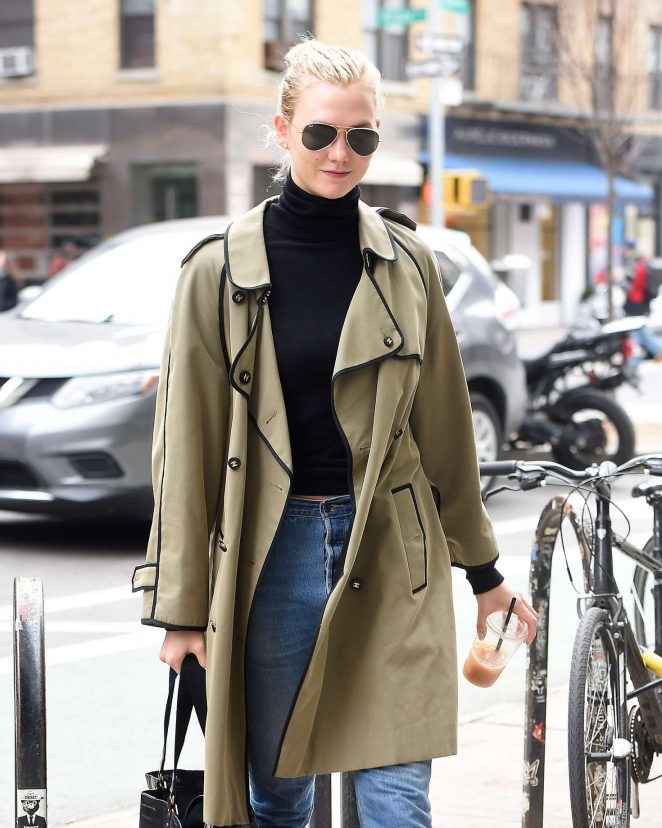 Karlie Kloss – Out in NYC