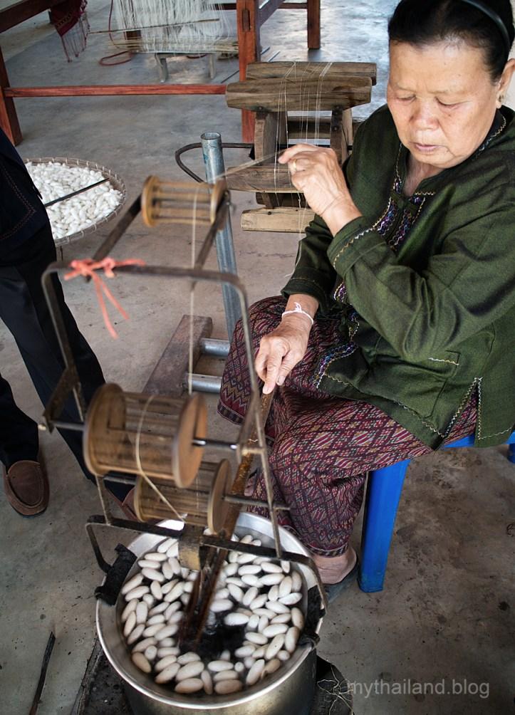 Making silk yarn