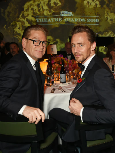 400-branagh-hiddleston-seated_dmb-evening_standard_theatre_awards_inside_ceremony168