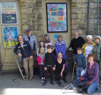 Young artists and station volunteers make the old station building brighter
