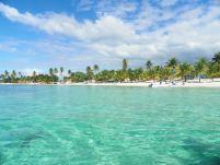 plage paradisiaque en république dominicaine a sana island