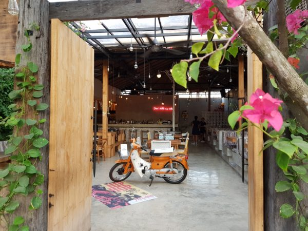 Shoppen en eten in Canggu