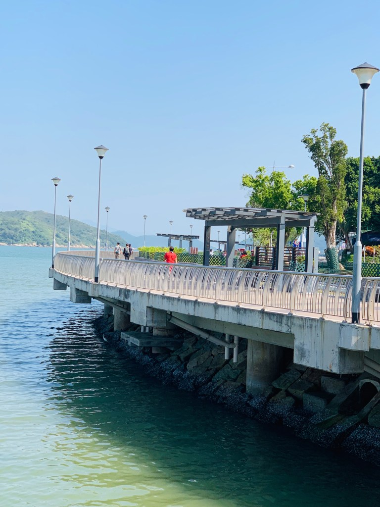 Towards Mui Wo Ferry Pier