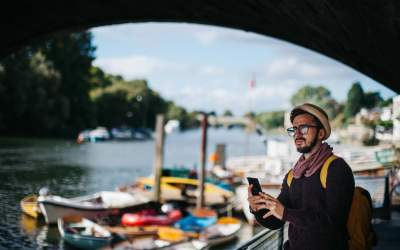 5 Tips For Using Your Mobile Phone Abroad