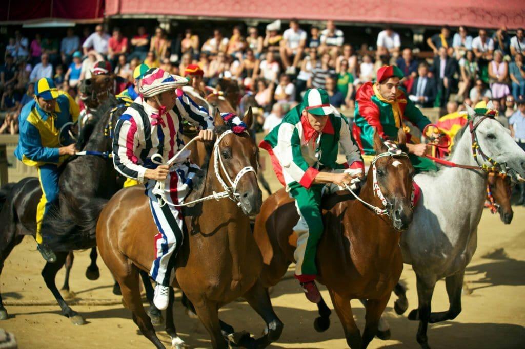 palio di siena horse race tuscany