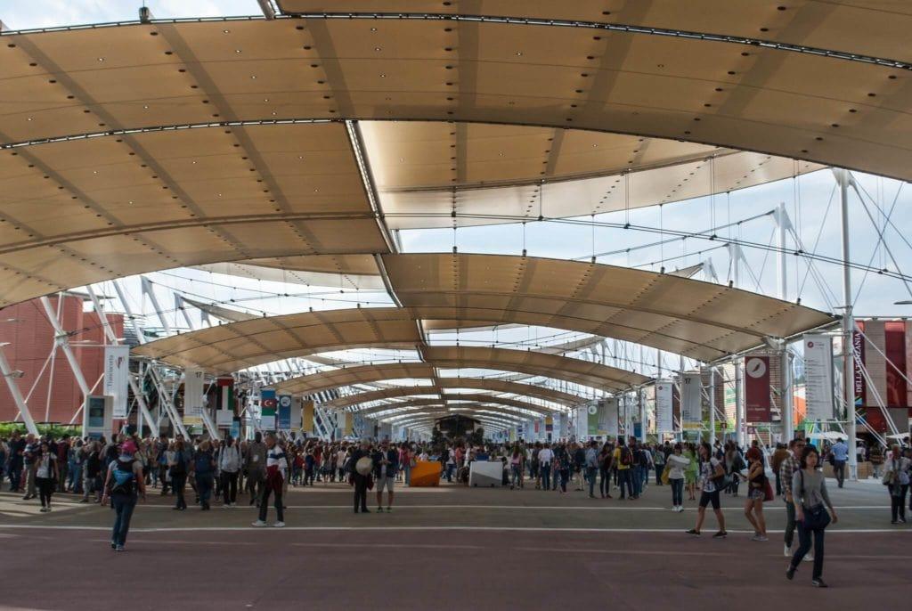Decumano avenue Expo Milan 2015