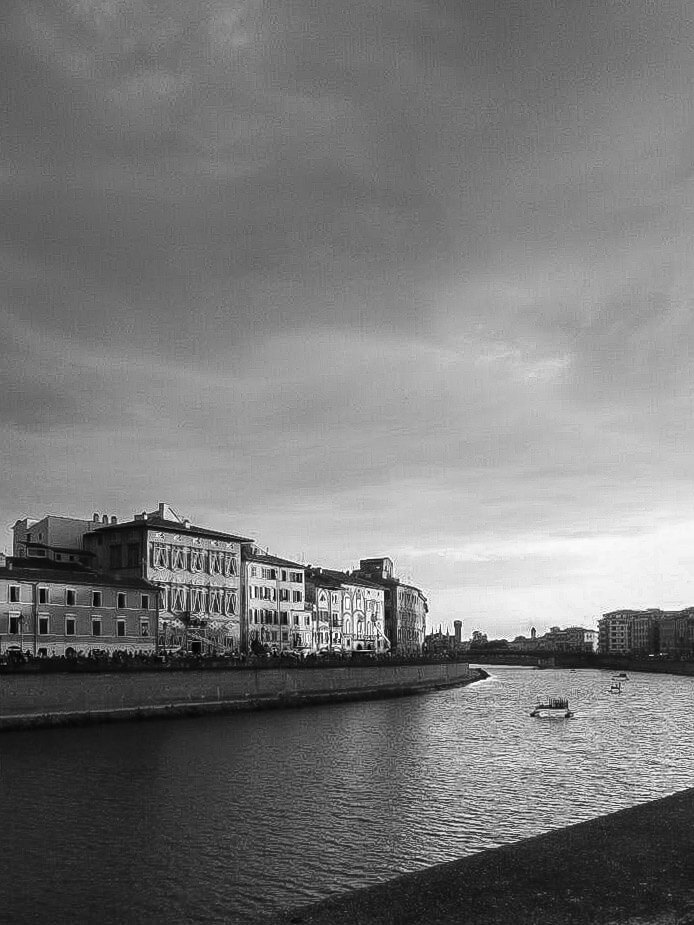Lungarno bw Luminara of San Ranieri in Pisa