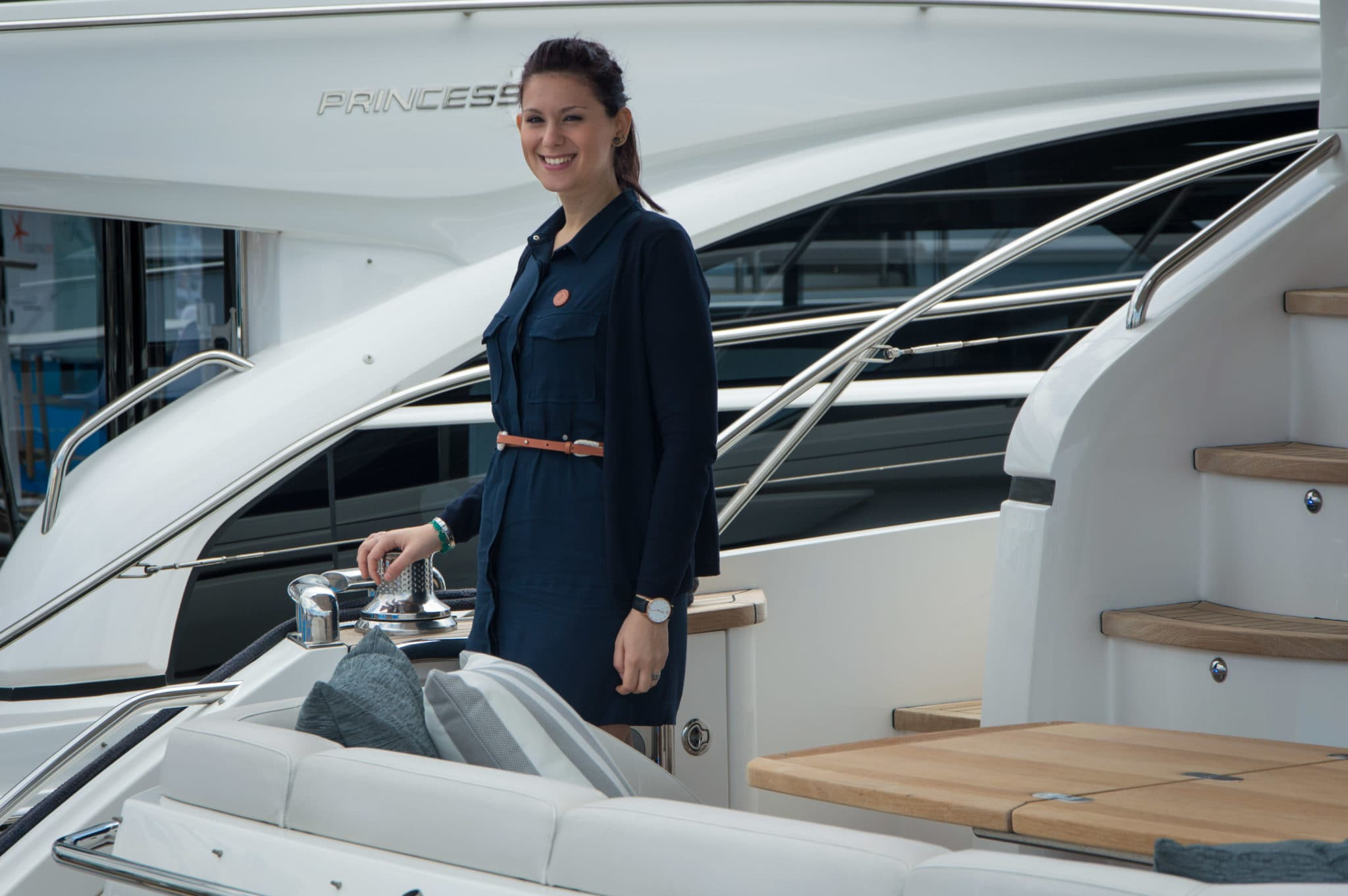 hostess versilia yacht rendez vous