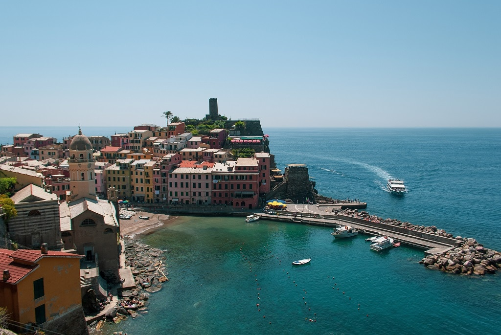 From Florence to Cinque Terre, Vernazza by boat