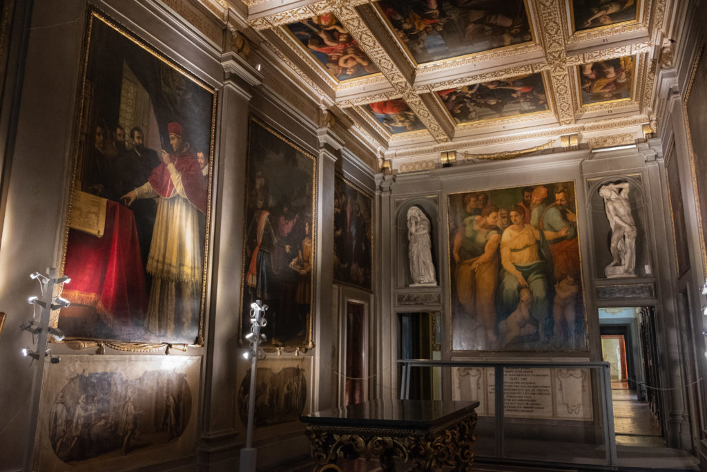 Casa Buonarroti Room with paintings_Michelangelo's David Tour in Florence