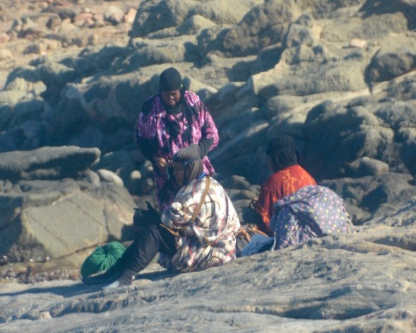 The lady abalone hunters...