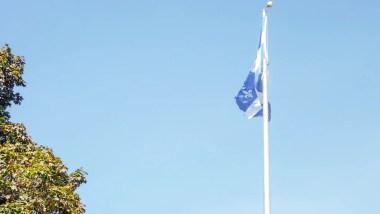 drapeau québec pvt canada