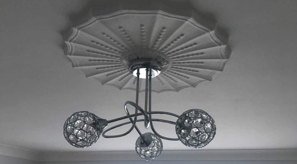 electrician for light fitting near loughton