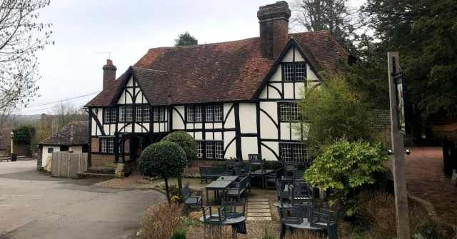 Tunbridge Wells pub gardens