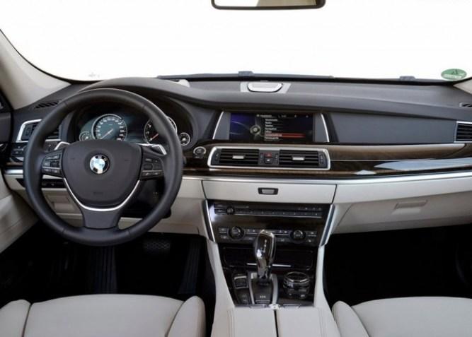 2015-BMW-5-series-GT-Interior